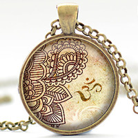 OM Pendant, Henna Pattern Necklace, Yoga Jewelry, OM Charm (295)