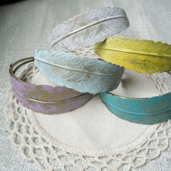 Rustic Metal Feather Jewelry, Feather Bracelet, Feather Cuff Bracelet in Turquoise, Yellow, White, Lavender, Baby Blue, Boho Chic Bracelet