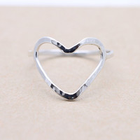 925 sterling silver hammered open heart ring