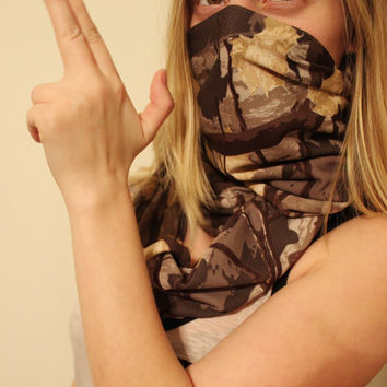 Hunters Camo Leaves Forest and Trees Infinity Scarf Accented with a Distressed Weaved Cuff, Women's Jersey Blend Loop Scarf