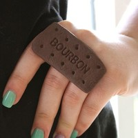 Bourbon Biscuit Knuckle Duster Ring