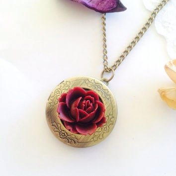antique bronze rose Locket necklace in ruddy 046