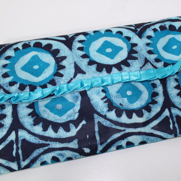 Baby diaper/wipes clutch-Indigo