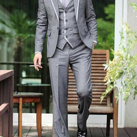 Murray Outlined Three Piece Suit