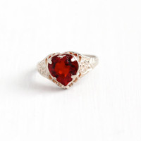 Vintage Sterling Silver Red Heart Glass Stone Flower Filigree Ring - Art Deco 1930s Size 4 Simulated Ruby Signed Kiddiegem Uncas Jewelry