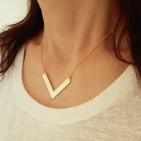 Gold Chevron Necklace / Gold V Necklace / Pointed Necklace / Triangle Jewelry / V Jewelry / Geometric Minimalistic Jewelry / N274