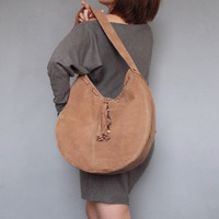 Nude leather hobo bag. Beige nubuck shoulder purse.