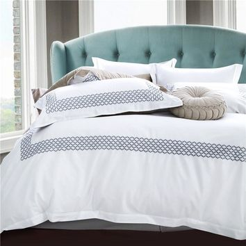 Cool White cotton embroidered luxury hotel bedding sets king queen size 4Pcs satin duvet cover set bed linen flat sheet pillowcaseAT_93_12