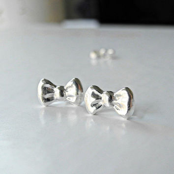 Bow Stud Earrings - Fine Silver Bow Tie Ribbon Jewelry - Sterling Silver Posts (E197)
