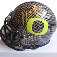 Marcus Mariota Autographed Oregon Ducks Carbon Fiber Riddell Mini Football Helmet, Proof