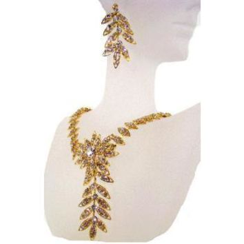 Swarovski Dazzling Daisy Necklace & Earring Set in Gold