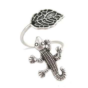 Lizard Gecko and Leaf Adjustable Wire Wrap Ring in Silver