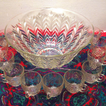 Glass, Punch, Bowl, Set, Cup, Classic, Retro, Holiday, Thanksgiving, Easter, Christmas, Serving, Family, Party, Birthday, Reunion, Wedding