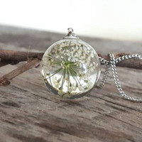 Real flower necklace, resin pendant necklace, pressed flower resin jewelry, botanical necklace, terrarium necklace