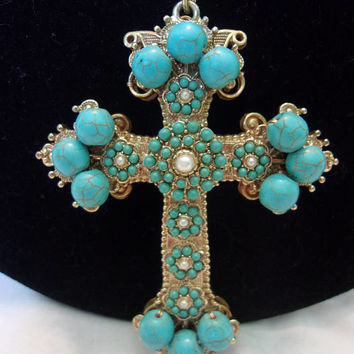 Stanley Hagler N.Y.C. Couture  Designer Turquoise Blue Glass Bead Gold Plate Cross Pendant Necklace