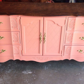 Vintage French Provincial Dresser by Broyhill