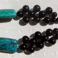 Chrysocolla & Black Onyx Crystal Ge.. on Luulla