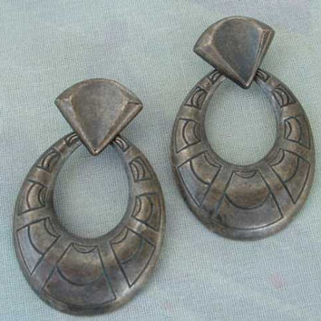 Antiqued Pewter Egyptian Revival Style Hoop Dangle Earrings Vintage Jewelry