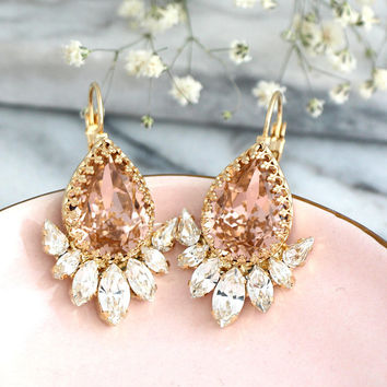 Blush Earrings, Bridal Blush Earrings, Morganite Earrings, Pink Swarovski Earrings, Blush Crystal Drop Earrings, Bridesmaids Earrings