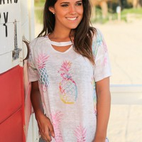 White Pineapple Top with Keyhole