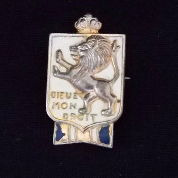 WW2 British War Relief Society Pin Dieu Et Mon Droit Sheild Badge