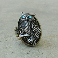 Sparkling Antiqued Owl Locket Ring