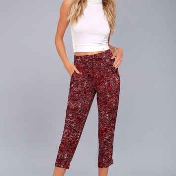 Tavik Nori Wine Red Print Cropped Pants