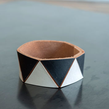 Lauren Manoogian Triangle Cuff