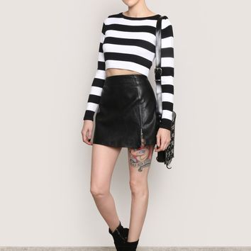 BREAK THE ICE MINI SKIRT