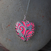 Pink Glowing Necklace - Candy Flower Pink Necklace - Glow in the Dark - Pink Heart Necklace - Gifts for Her - Glowing Jewelry - Pink Jewelry