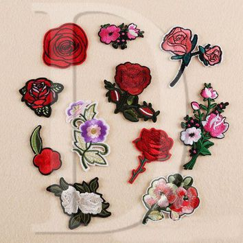ac NOOW2 1 PCS Rose Flowers parches Embroidered Iron on Patches for Clothing DIY Motif Stripes Clothes Stickers Custom Badges @F