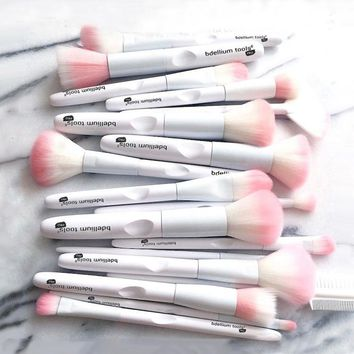 17 Pcs Makeup Brushes Tool White Color Cosmetic Brush Set Eye Shadow Brush Make Up Tool