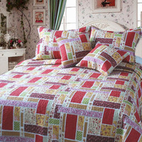 DaDa Bedding Reversible Patchwork Colorful Quilt Set Red Cotton Print Bedspread Set - King - 5 Pieces (DXJ103269)