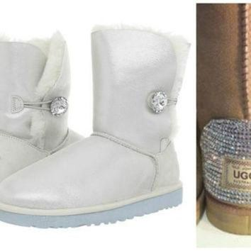 DCCK8X2 Swarovski Crystal Embellished Limited Edition Bailey Button Uggs - Winter / Holiday Bl