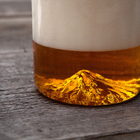 NORTH DRINKWARE : Mt. Hood, The Oregon Pint Glass