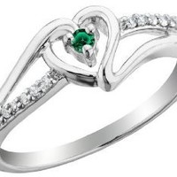 Emerald Heart Promise Ring with Diamonds 1/10 Carat (ctw) in Sterling Silver