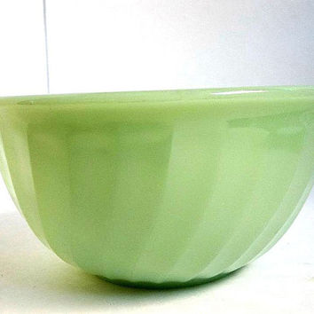 Vintage Fire King Jadite Green Swirl mixing bowl 7 inch, 1940's, nesting size, Anchor Hocking FireKing ware made in USA Cottage