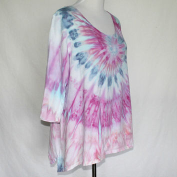 Plus Size Hand Dyed Shirt, Plus Size Tie Dye, Size 14/16, Womens Tunic, Sharkbite Hemline, Purple Plus Sized Tunic, Plus Size Blouse