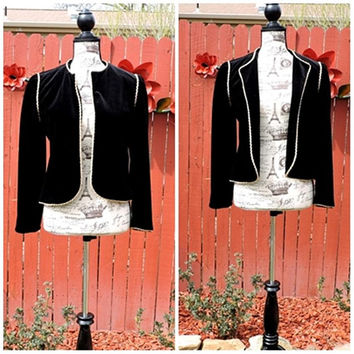 Vintage 80s black velvet jacket / black with gold trim velvet blazer / coat /  formal evening statement jacket / size S / M
