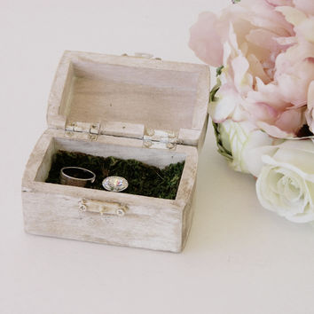 White Distressed Ring Bearer Box +Rustic Chic wedding ring bearer box