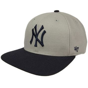 CREYON New York Yankees - Sure Shot Two Tone Snapback Cap