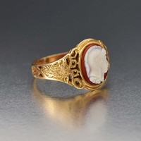 Antique Gold Engraved Stag and Sardonyx Cameo Ring