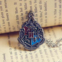 Harry Potter Retro Charm Hogwarts insignia Necklace