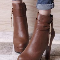 Brown Round Toe Chunky Metal Chain Zipper Fashion Martin Boots