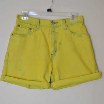 VINTAGE LEVIS 550 SHORTS - Hand Dyed Chartreuse Lemon  Urban Style Denim Vintage Cut Off Shorts - size 8 (29)