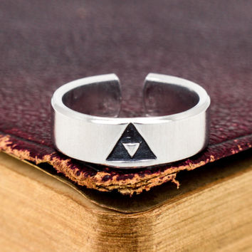 Triforce Ring - Legend of Zelda - Adjustable Aluminum Ring