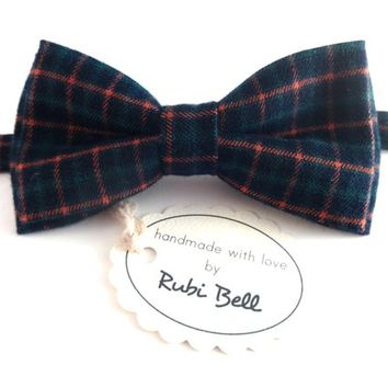 Plaid wool bow tie - winter bow tie -man bow tie -men bow tie - gifts for him - Christmas bow tie - Christmas gift