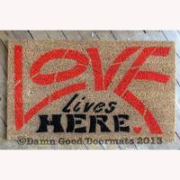 love lives here sweet home mantra - novelty doormat