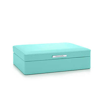 Tiffany & Co. - Playing cards box in Tiffany Blue® leather with two sets of playing cards.