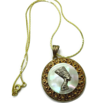 Queen Nefertiti Necklace, Vintage Egyptian Queen MOP Pendant, Gold Tone Necklace, Mother of Pearl Pendant